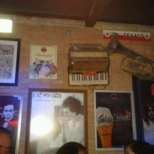 12/10/2011 tarihinde Alberto L.ziyaretçi tarafından Bolshoi Pub'de çekilen fotoğraf