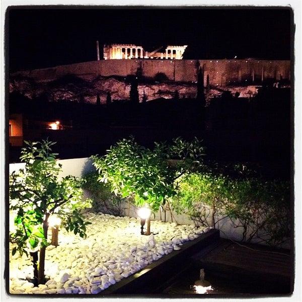 Foto scattata a Herodion Hotel da FotZik il 8/11/2012
