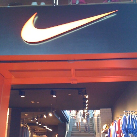 Nike Store - Esquilino - 3 tips from 590 visitors