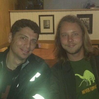 11/4/2011 tarihinde Michael R.ziyaretçi tarafından The Local Eatery and Drinking Hole'de çekilen fotoğraf