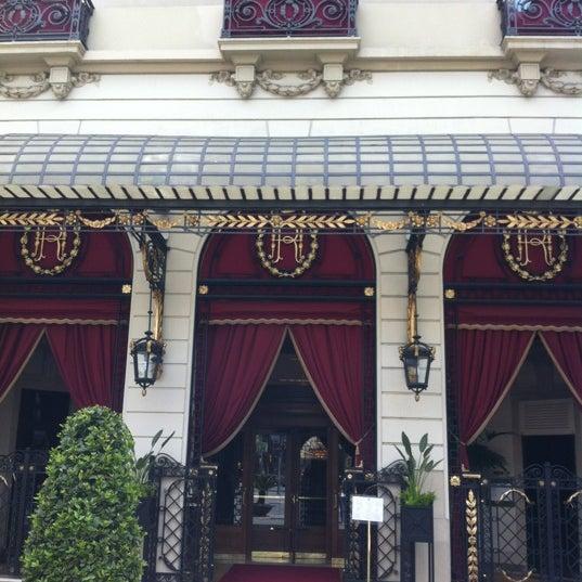 Foto tirada no(a) El Palace Hotel Barcelona por Liubov C. em 4/21/2012