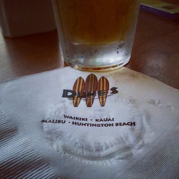 Foto tomada en Duke's por Beer S. el 8/12/2012
