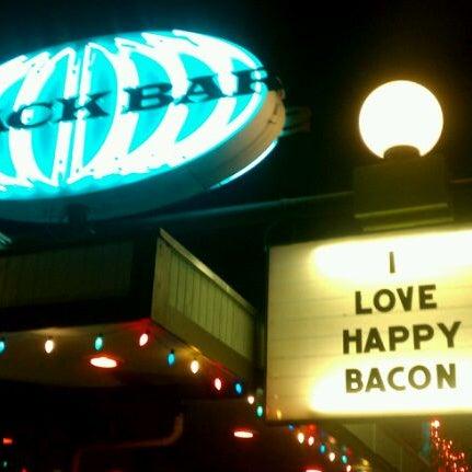 1/6/2012にChrystal D.がSnack Barで撮った写真