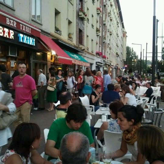 Foto tirada no(a) Bar El Poteo de Sancho (ant. Txiki) por Luis L. em 6/15/2012