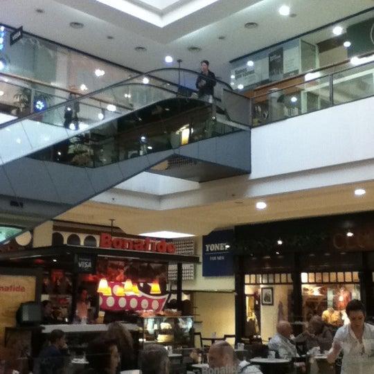 Foto tirada no(a) Punta Carretas Shopping por Juan B. em 9/28/2011