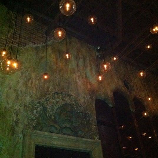 9/30/2011에 Victoria D.님이 Salvage Bar & Lounge에서 찍은 사진