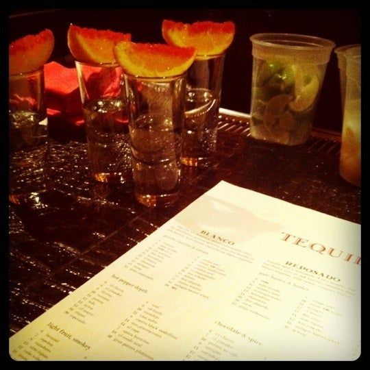 Foto tomada en Lolita Cocina & Tequila Bar por Katherine H. el 9/18/2011
