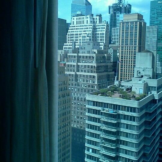 Foto tirada no(a) Hilton Garden Inn por William C. em 7/3/2012