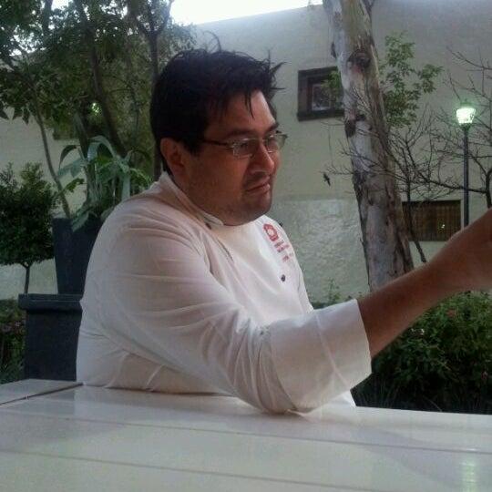 รูปภาพถ่ายที่ Jerónimas โดย Daniel R. เมื่อ 3/7/2012