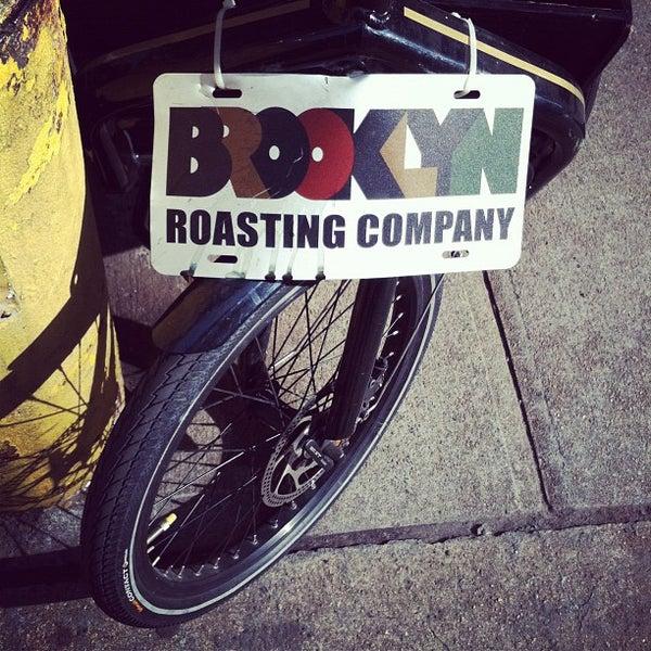 Das Foto wurde bei Brooklyn Roasting Company von Rebecca F. am 11/14/2011 aufgenommen