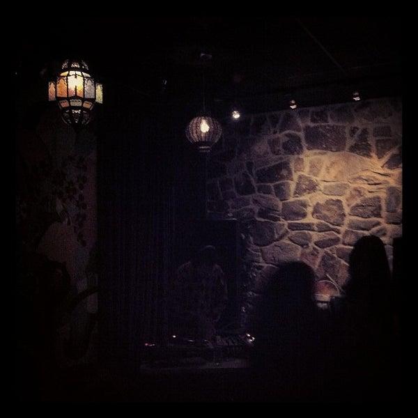 11/6/2011にNina M.がFilmBarで撮った写真