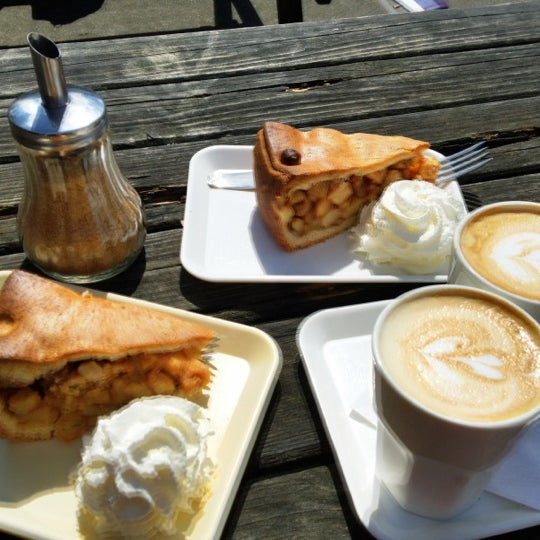 Foto tomada en Espressofabriek por Dan P. el 5/13/2012