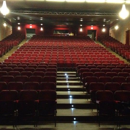 Снимок сделан в Teatro Franco Parenti пользователем Alessio P. 6/19/2012