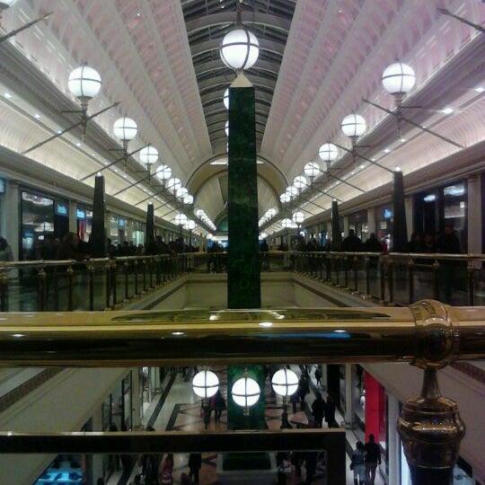 Foto tomada en Centro Comercial Gran Vía 2 por Candi Q. el 2/11/2012