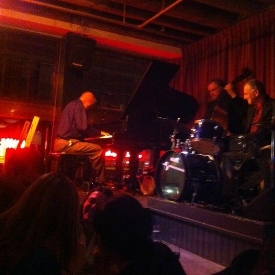 5/12/2012にTuan P.がLes Zygomates Wine Bar Bistroで撮った写真
