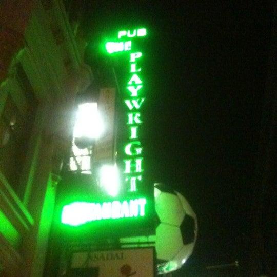 6/24/2012にCarlosがPlaywright Irish Pubで撮った写真