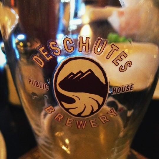 Снимок сделан в Deschutes Brewery Bend Public House пользователем Scott M. 7/8/2012