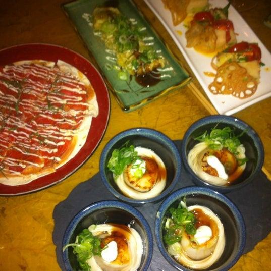 Das Foto wurde bei Mochi Restaurant von Grand Hotel H. am 3/21/2012 aufgenommen