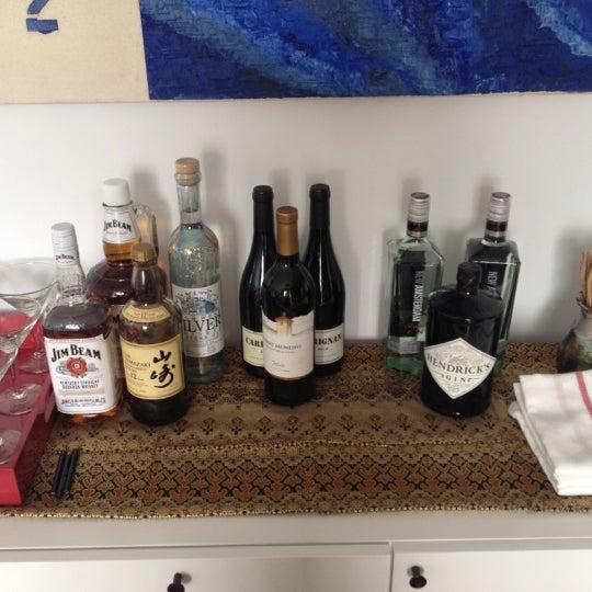 Foto tirada no(a) Astor Wines & Spirits por Jason D. em 3/17/2012