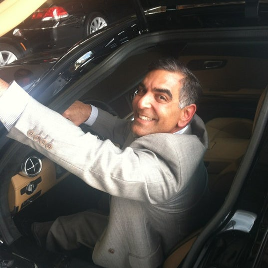 Photo taken at Global Motor Cars of Houston by CRATEinteriors on 6/16/2012