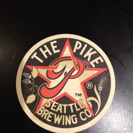 Photo prise au Pike Brewing Company par Lauren W. le9/4/2012