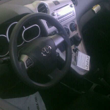 Das Foto wurde bei Stevinson Toyota West von Michael M. am 3/2/2012 aufgenommen