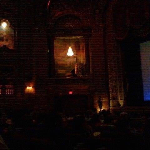 Photo prise au The Byrd Theatre par Karla W. le7/22/2012