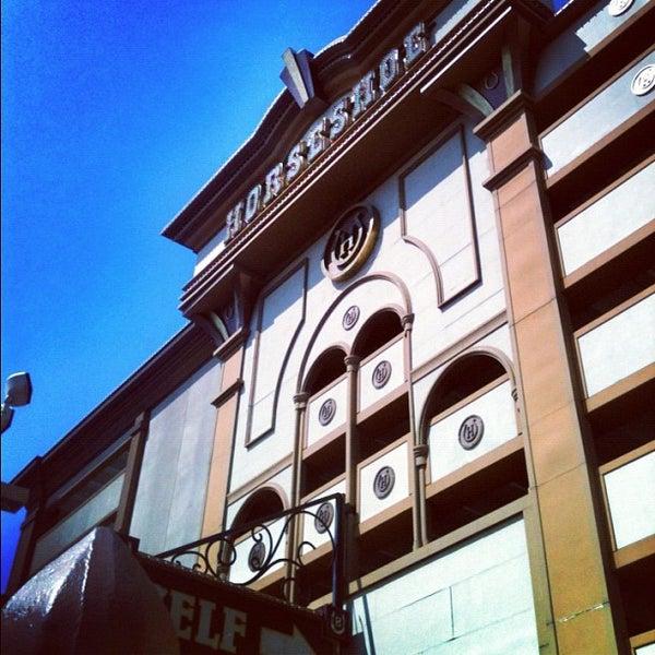 รูปภาพถ่ายที่ Horseshoe Hammond Casino โดย Gnarly J. เมื่อ 5/17/2012