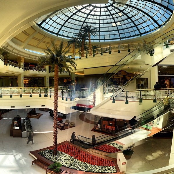 Das Foto wurde bei Shopping Iguatemi von F. C. N. am 7/19/2012 aufgenommen