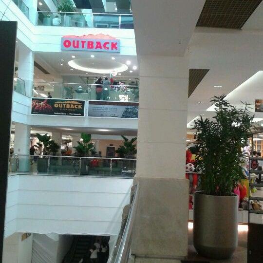 6/1/2012 tarihinde   M á h .ziyaretçi tarafından Shopping Tijuca'de çekilen fotoğraf