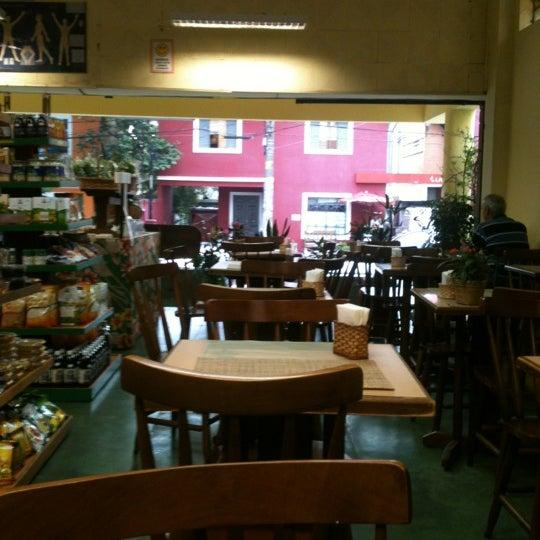 Foto tirada no(a) Alternativa Casa do Natural por Vanessa P. em 5/22/2012