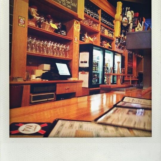 9/1/2012에 Roger Steve R.님이 Sharp Edge Beer Emporium에서 찍은 사진