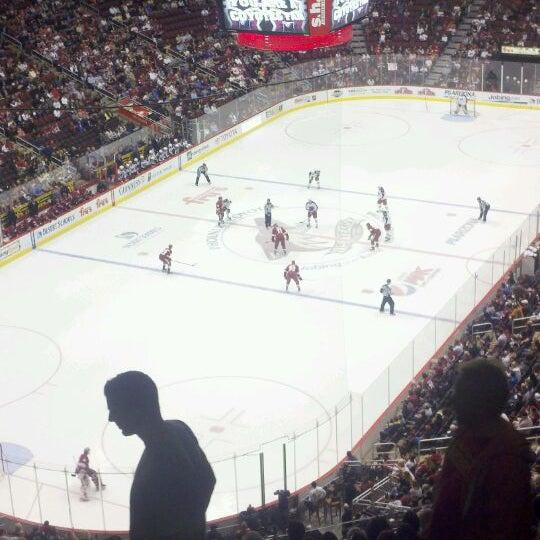 4/4/2012 tarihinde John H.ziyaretçi tarafından Gila River Arena'de çekilen fotoğraf