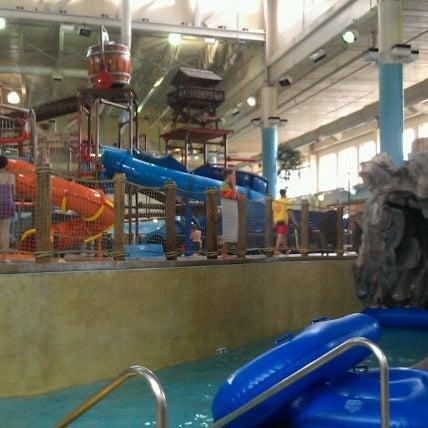 Foto tirada no(a) Water Park Of America por Bethany S. em 8/22/2012