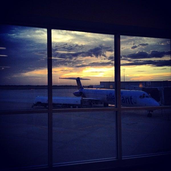 Orlando Sanford International Airport (SFB)