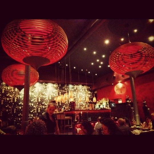 Foto diambil di SaSaZu oleh Andi M. pada 8/1/2012