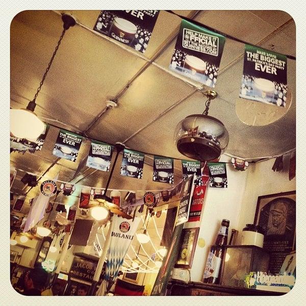 4/27/2012にLili A.がJacob Wirth Restaurantで撮った写真