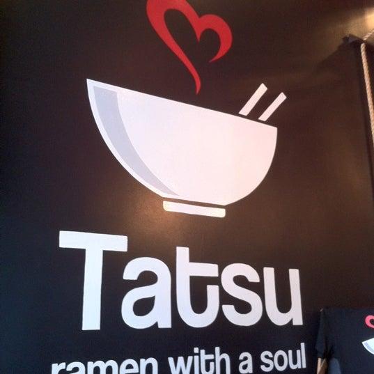 7/11/2012 tarihinde Tadaya T.ziyaretçi tarafından Tatsu Ramen'de çekilen fotoğraf