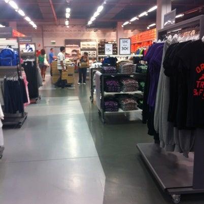 Semicírculo Sabio Cuando  Nike Factory Store - 1 tip from 133 visitors