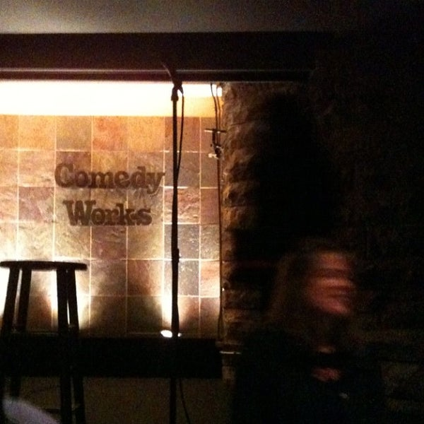 3/3/2012 tarihinde Todd R.ziyaretçi tarafından Comedy Works Downtown in Larimer Square'de çekilen fotoğraf
