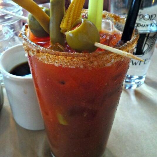 3/11/2012 tarihinde Kyle K.ziyaretçi tarafından EastBurn'de çekilen fotoğraf