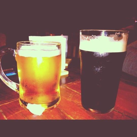5/16/2012 tarihinde Erich L.ziyaretçi tarafından Kia Ora Pub'de çekilen fotoğraf