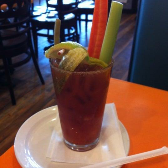 รูปภาพถ่ายที่ Jelly Cafe โดย Andy M. เมื่อ 8/28/2012