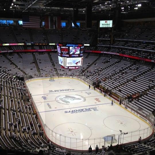 4/28/2012 tarihinde Zach C.ziyaretçi tarafından Gila River Arena'de çekilen fotoğraf