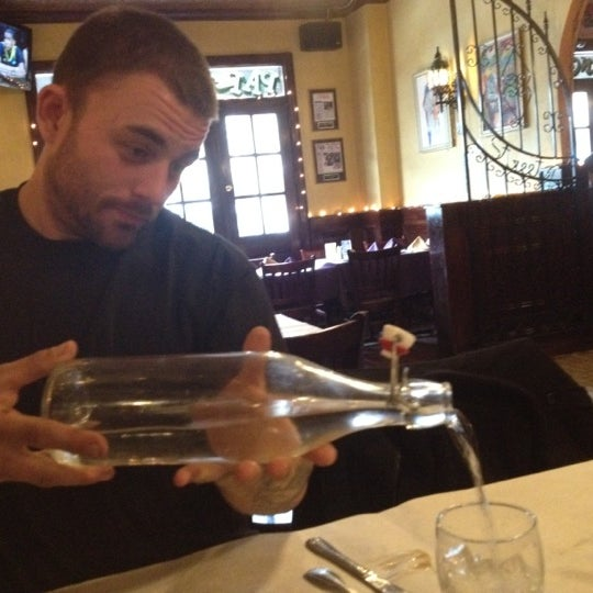 Foto scattata a Bourbon Street Restaurant and Catering da Neesie B. il 3/25/2012