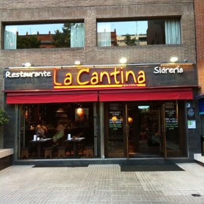 7/30/2012 tarihinde Yasmine T.ziyaretçi tarafından La Cantina'de çekilen fotoğraf