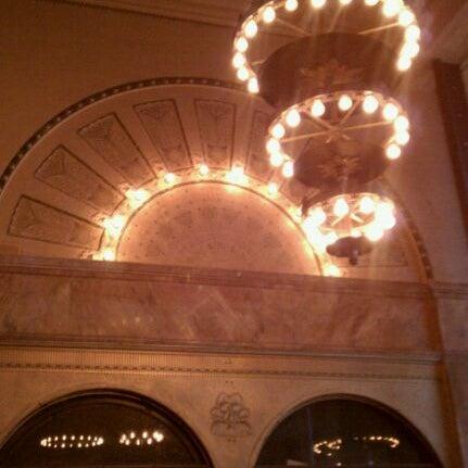 3/23/2012 tarihinde elizabeth c.ziyaretçi tarafından Auditorium Theatre'de çekilen fotoğraf