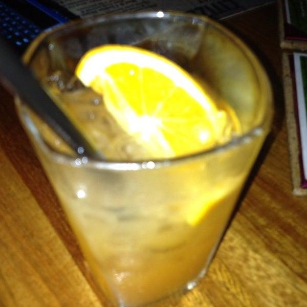 Photo prise au Citizen Bar Chicago par Gus K. le6/13/2012