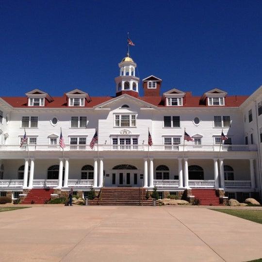 Снимок сделан в Stanley Hotel пользователем Jeffrey A. 4/28/2012