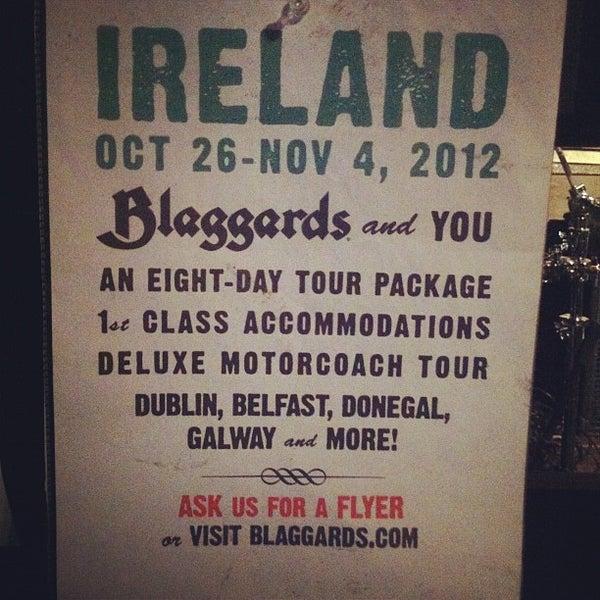 Foto scattata a Obannon's Tap House da Blaggards il 9/1/2012
